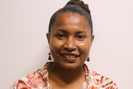 Veronica Kaki